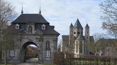 Kloster Knechtsteden & Adler Moden